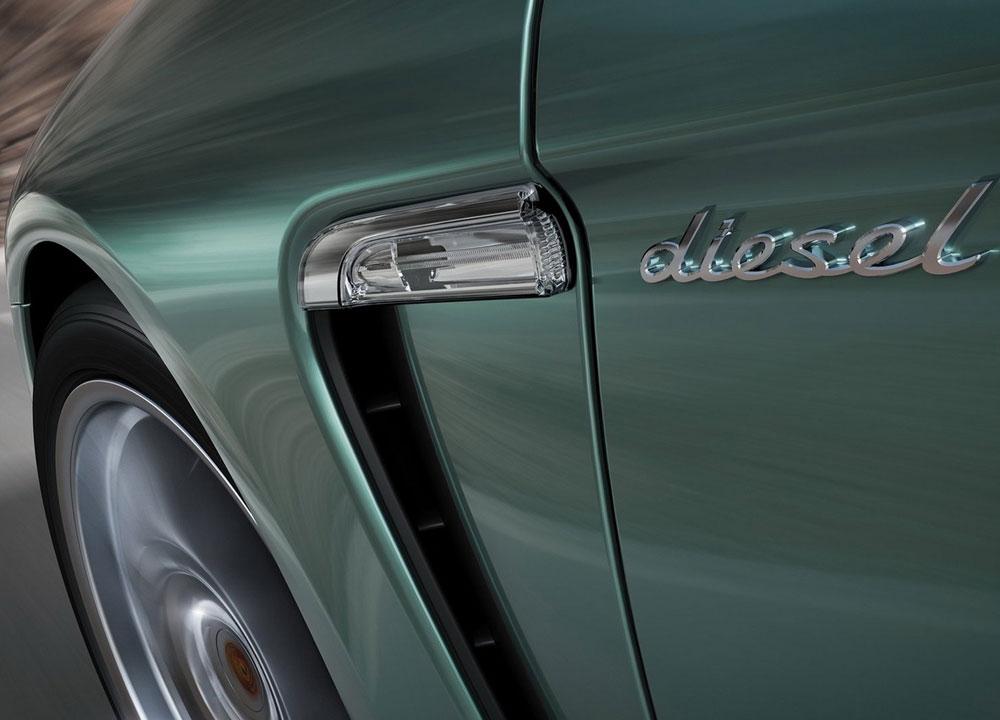 http://www.wandaloo.com/files/2011/05/PORCHE-Panamera-Diesel-04.jpg