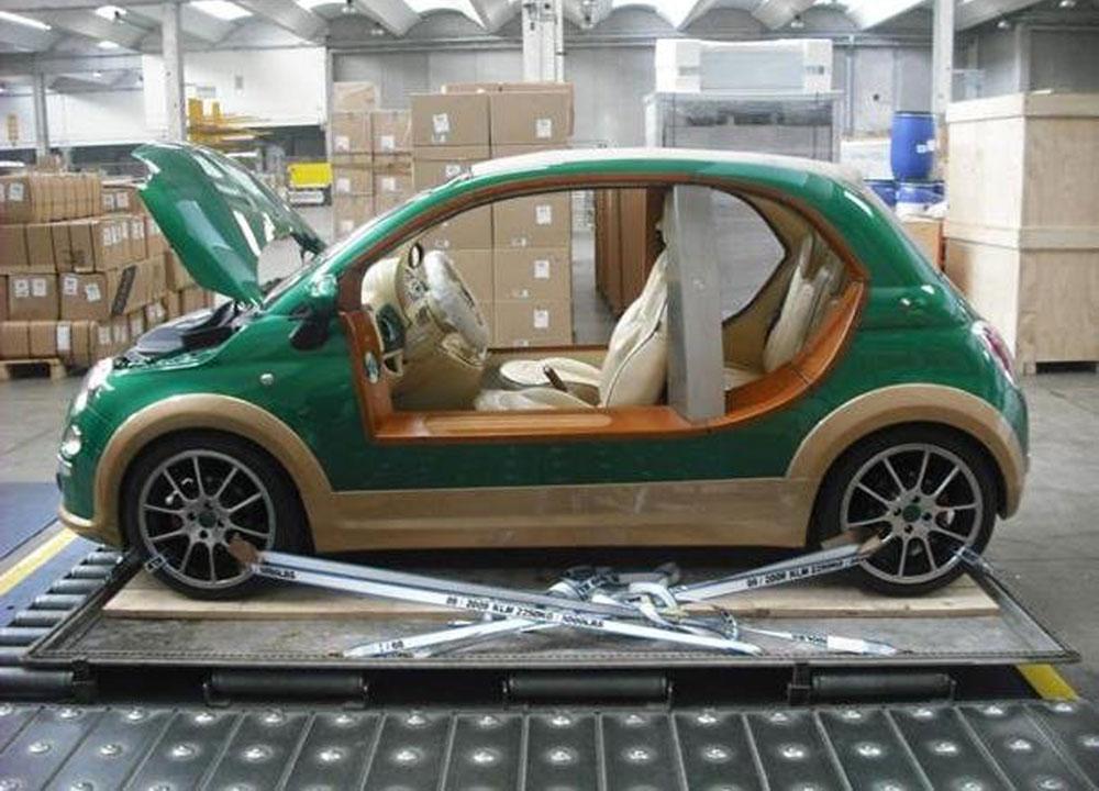 http://www.wandaloo.com/files/2011/10/FIAT-500-Kadhafi-04.jpg