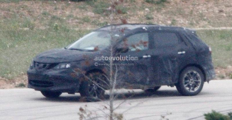 nissan qashqai 2014 spyshot du nouveau crossover. Black Bedroom Furniture Sets. Home Design Ideas