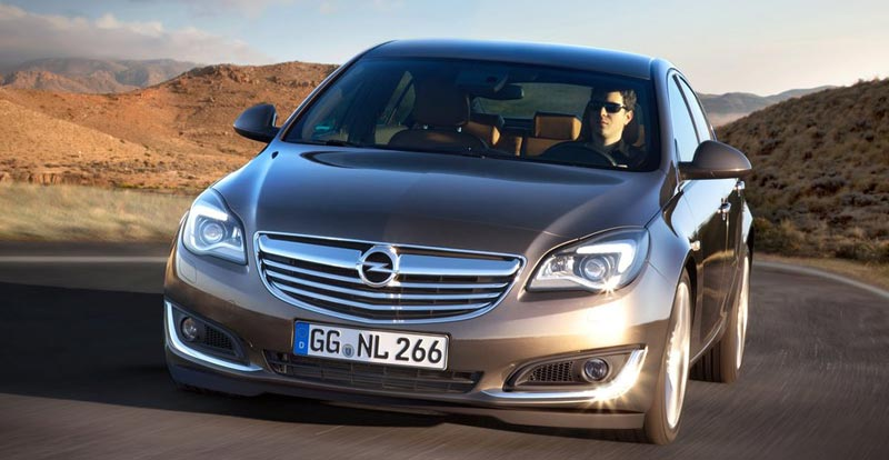 opel insignia 2014 light facelift pour la berline. Black Bedroom Furniture Sets. Home Design Ideas