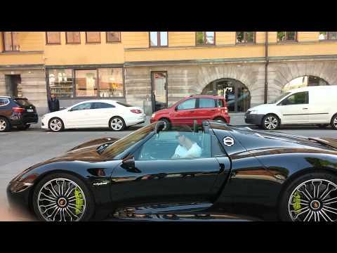 Zlatan-Ibrahimovic-soffre-une-Porsche-918-Spyder-video.jpg