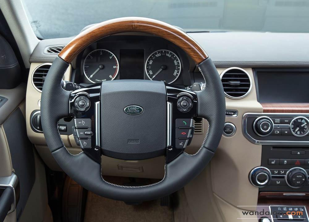 http://www.wandaloo.com/files/2014/06/Land-Rover-Discovery-2015-Neuve-Maroc-03.jpg