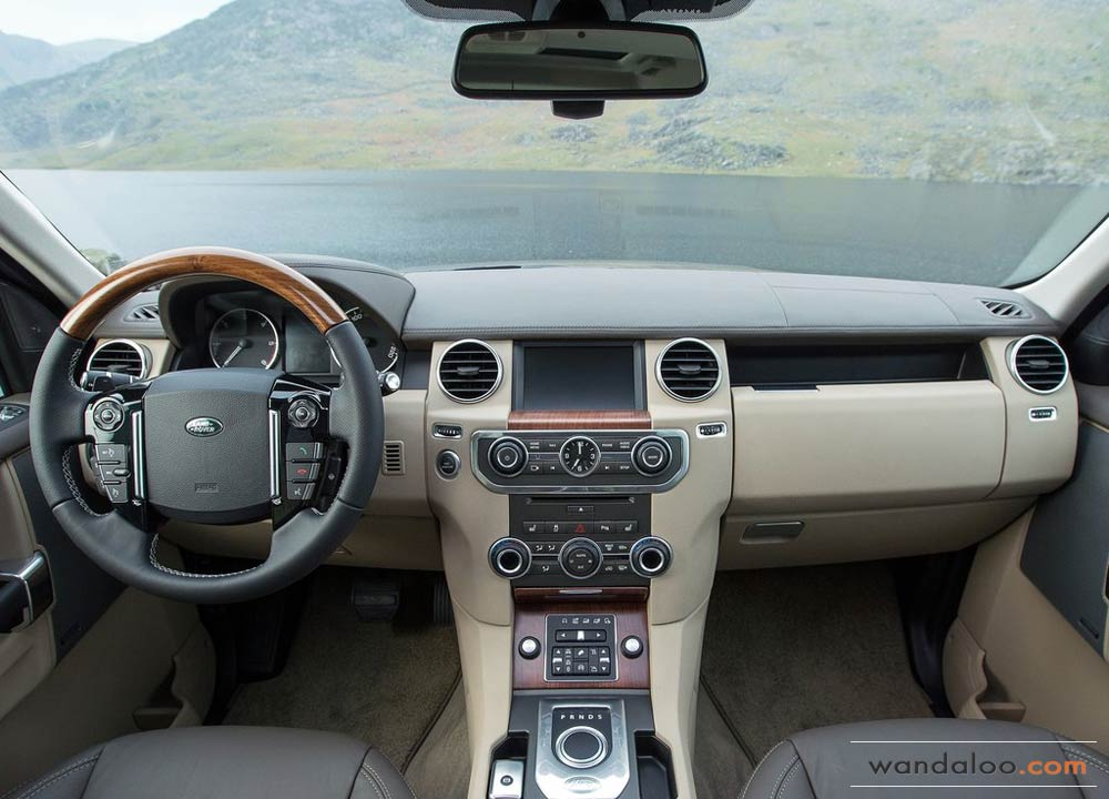 http://www.wandaloo.com/files/2014/06/Land-Rover-Discovery-2015-Neuve-Maroc-04.jpg