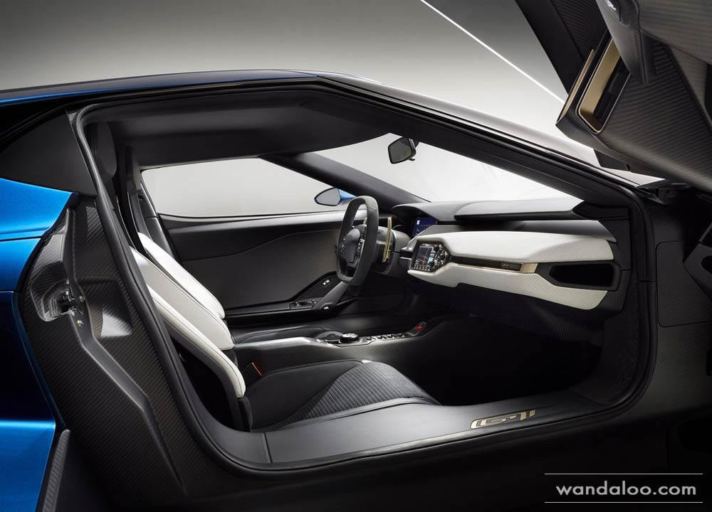 http://www.wandaloo.com/files/2015/01/Ford-GT-2015-neuve-Maroc-02.jpg
