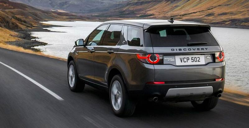 land rover discovery sport suv 2015 pictures carbuyer sexy girl and car photos. Black Bedroom Furniture Sets. Home Design Ideas