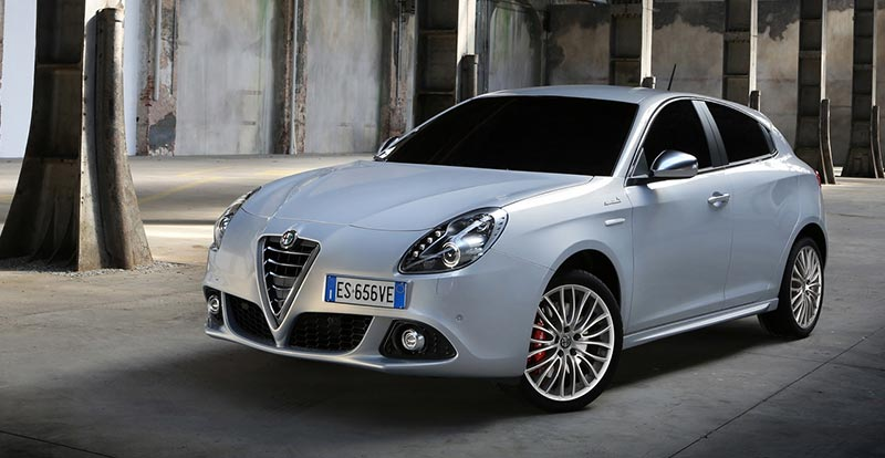 alfa romeo giulietta nouveau moteur diesel. Black Bedroom Furniture Sets. Home Design Ideas