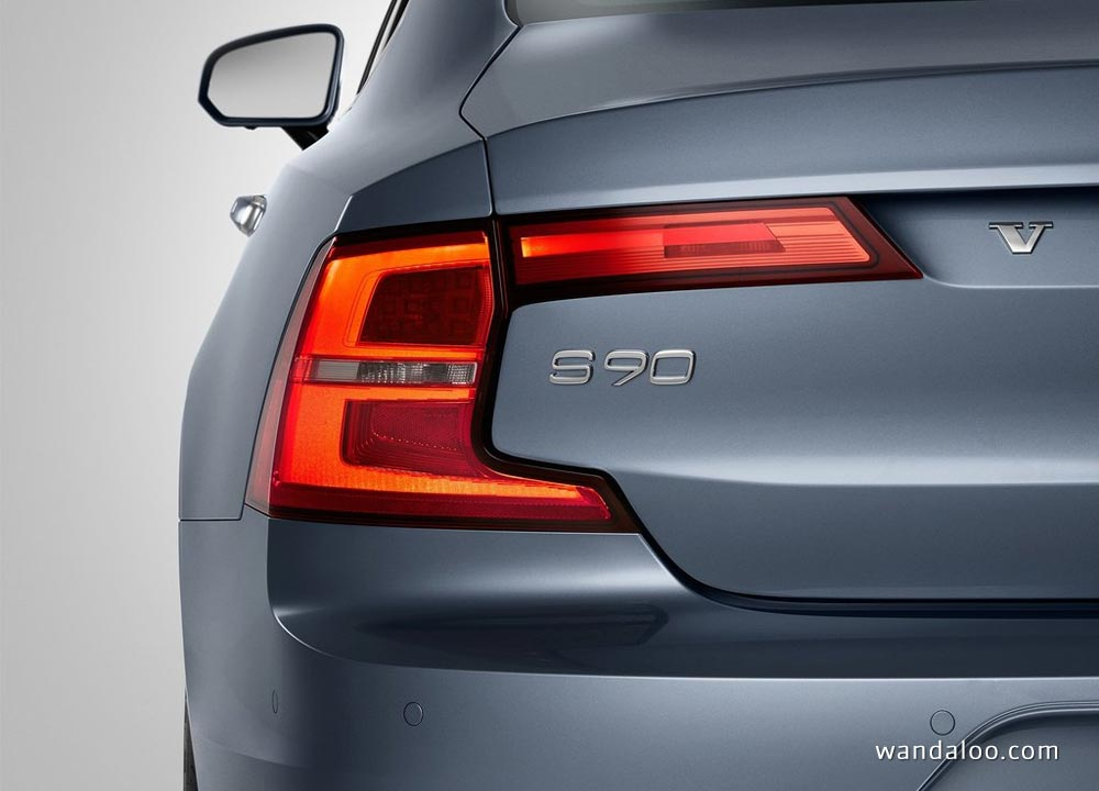 http://www.wandaloo.com/files/2015/12/Volvo-S90-2017-neuve-Maroc-02.jpg