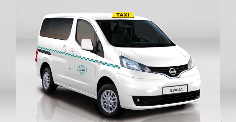 nissan nv200 le grand taxi de demain. Black Bedroom Furniture Sets. Home Design Ideas