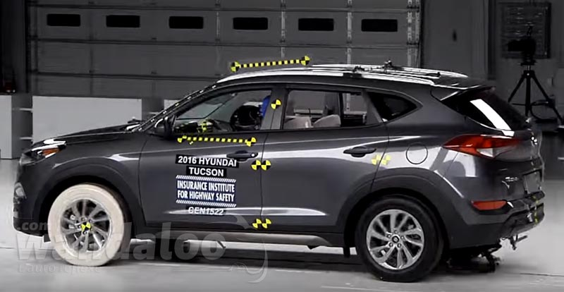 Hyundai-Tucson-2016--Crash-Test-IIHS.jpg