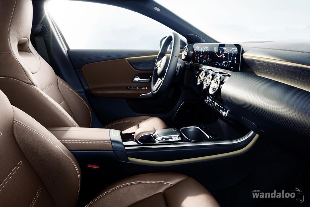 http://www.wandaloo.com/files/2017/11/Mercedes-Classe-A-2018-Interieur-07.jpg