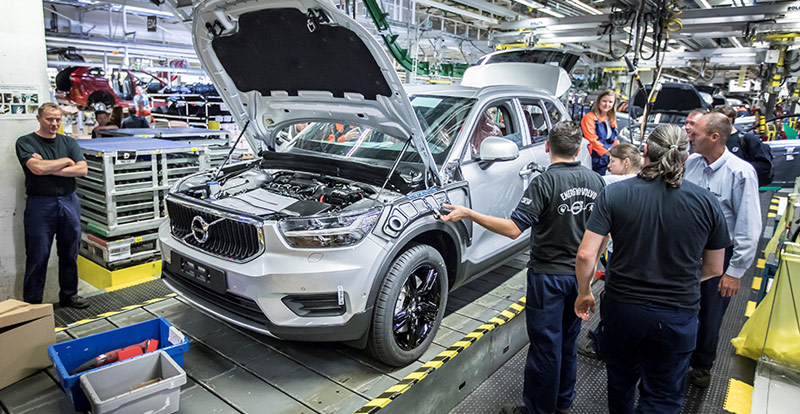 http://www.wandaloo.com/files/2017/11/Volvo-XC40-Production-Grand-Belgique-2017.jpg