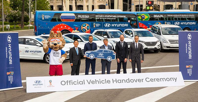 Patchwork - Hyundai mobilise 530 véhicules pour la Coupe du Monde 2018