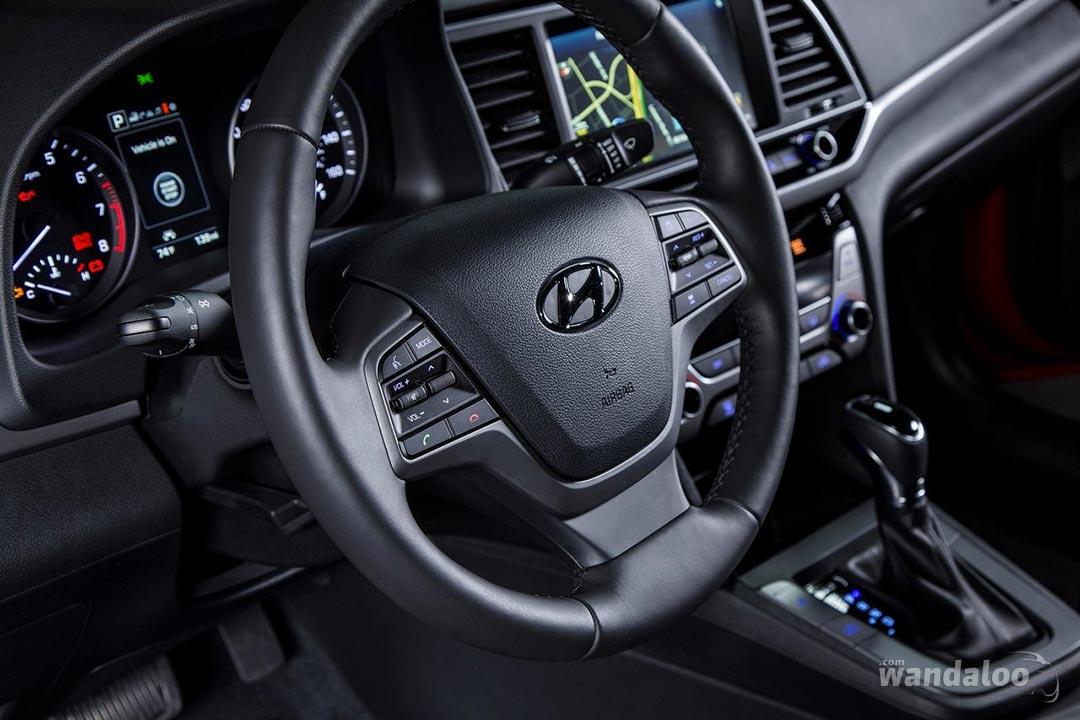 Hyundai-Elantra-2017-neuve-Maroc-12.jpg