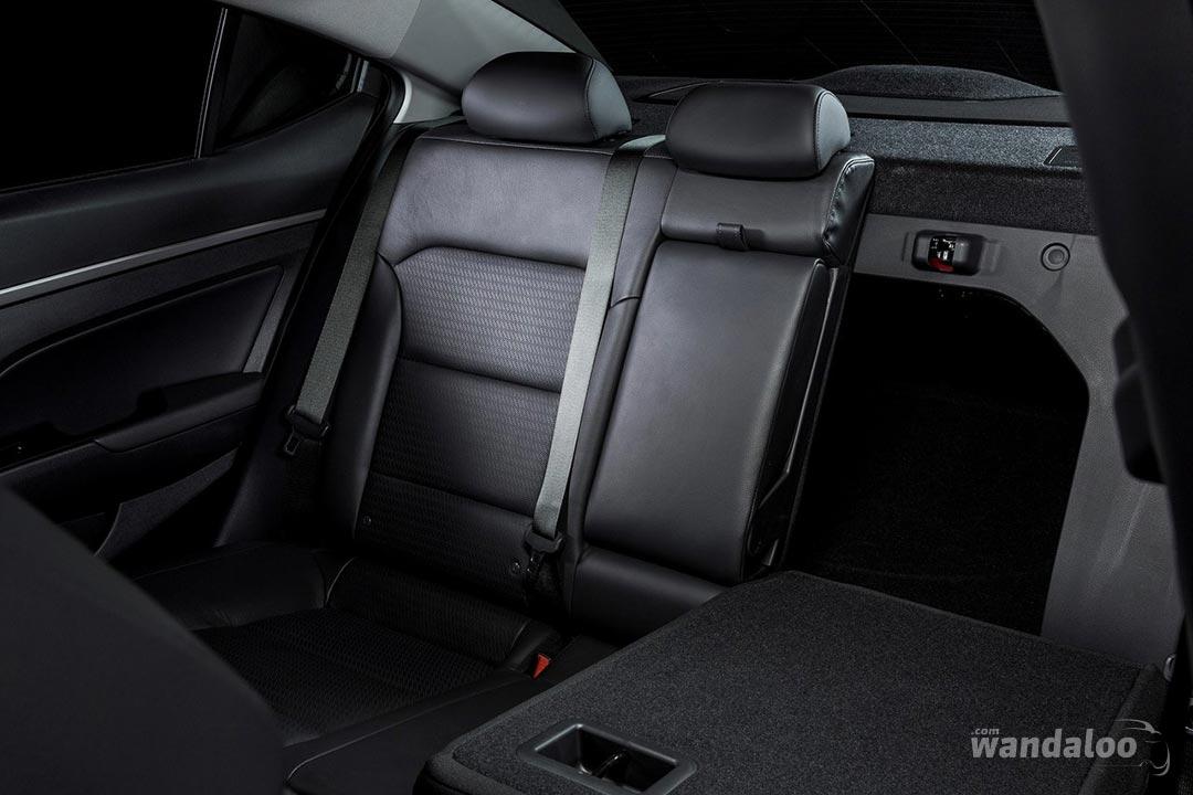 Hyundai-Elantra-2017-neuve-Maroc-15.jpg
