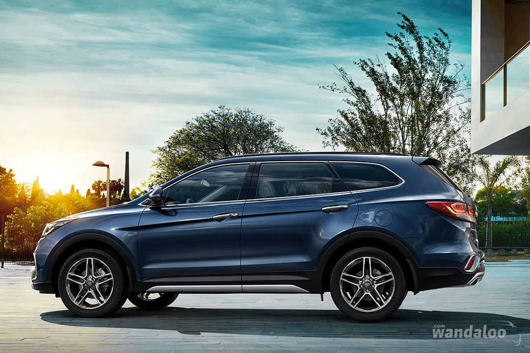 http://www.wandaloo.com/files/Voiture-Neuve/hyundai/Hyundai-Grand-Santa-Fe-2017-Neuve-Maroc-06.jpg
