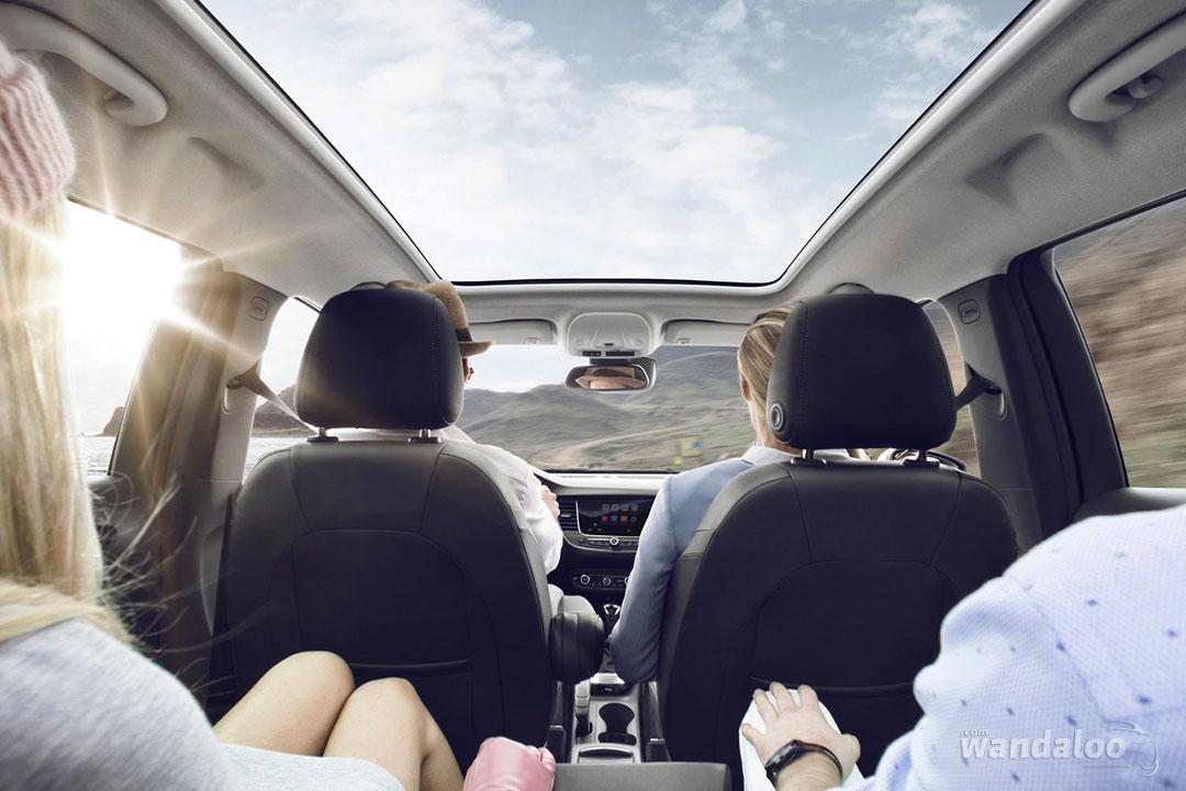 http://www.wandaloo.com/files/Voiture-Neuve/opel/Opel-Crossland-X-2018-neuve-Maroc-05.jpg
