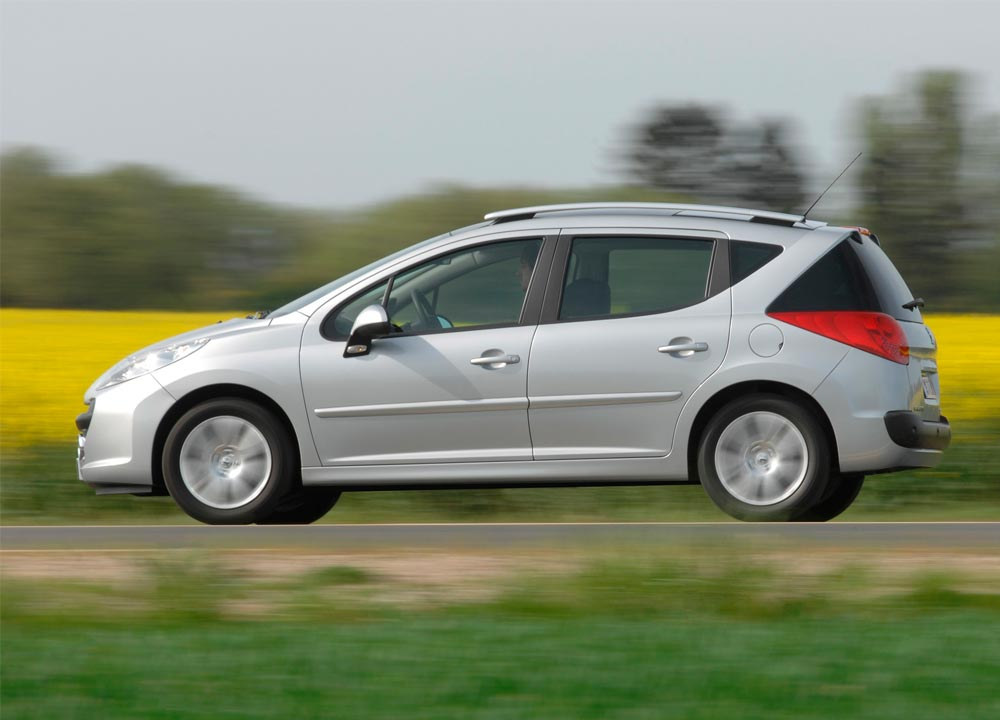 Peugeot 207 neuve troc echange peugeot 207 neuve sur for Garage echange voiture