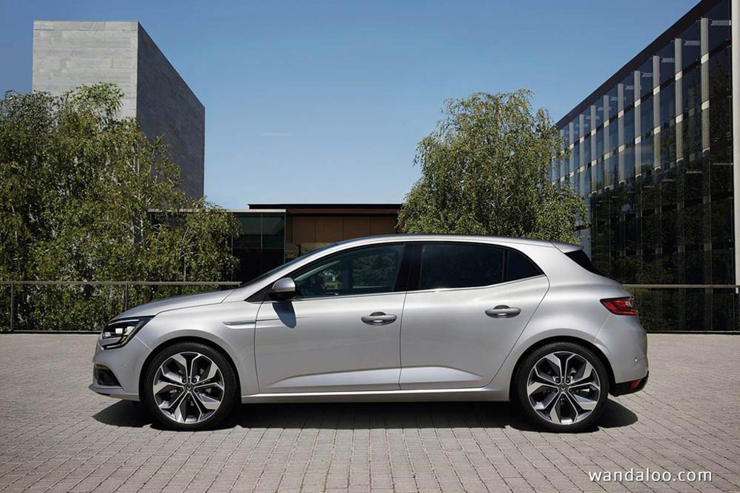 http://www.wandaloo.com/files/Voiture-Neuve/renault/Renault-Megane-2016-Neuve-Maroc-15.jpg
