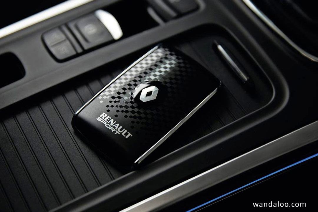 http://www.wandaloo.com/files/Voiture-Neuve/renault/Renault-Megane-2016-Neuve-Maroc-22.jpg
