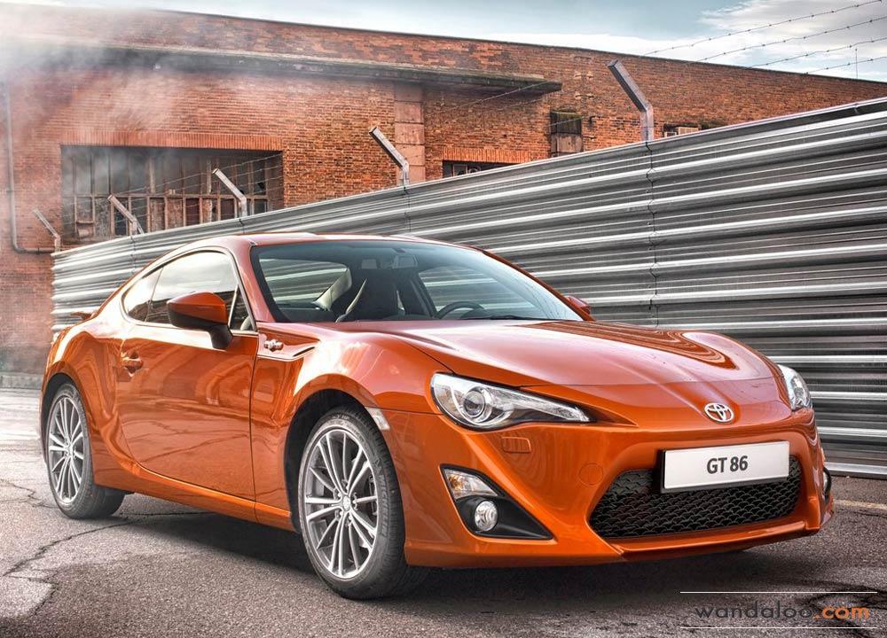 http://www.wandaloo.com/files/Voiture-Neuve/toyota/Toyota-GT86-2014-Neuve-Maroc-05.jpg