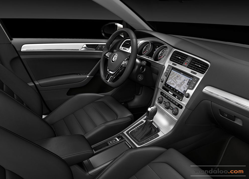 http://www.wandaloo.com/files/Voiture-Neuve/volkswagen/Volkswagen-Golf-7-2013-Neuve-Maroc-12.jpg