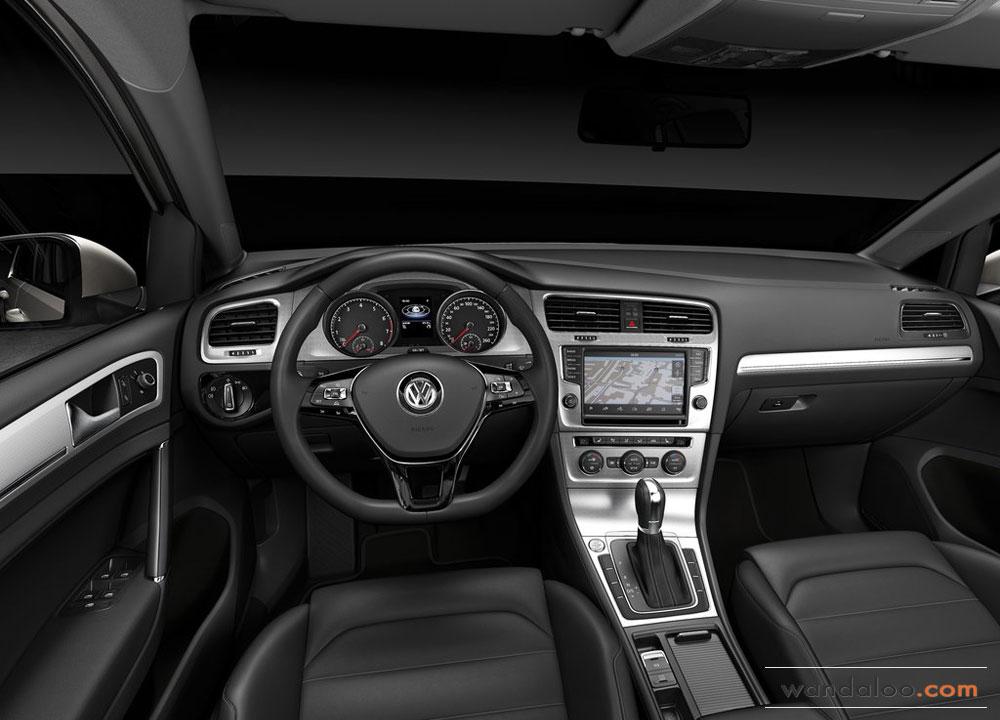 http://www.wandaloo.com/files/Voiture-Neuve/volkswagen/Volkswagen-Golf-7-2013-Neuve-Maroc-13.jpg