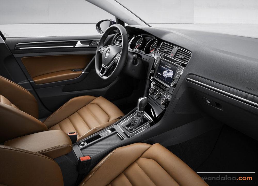 http://www.wandaloo.com/files/Voiture-Neuve/volkswagen/Volkswagen-Golf-7-2013-Neuve-Maroc-16.jpg