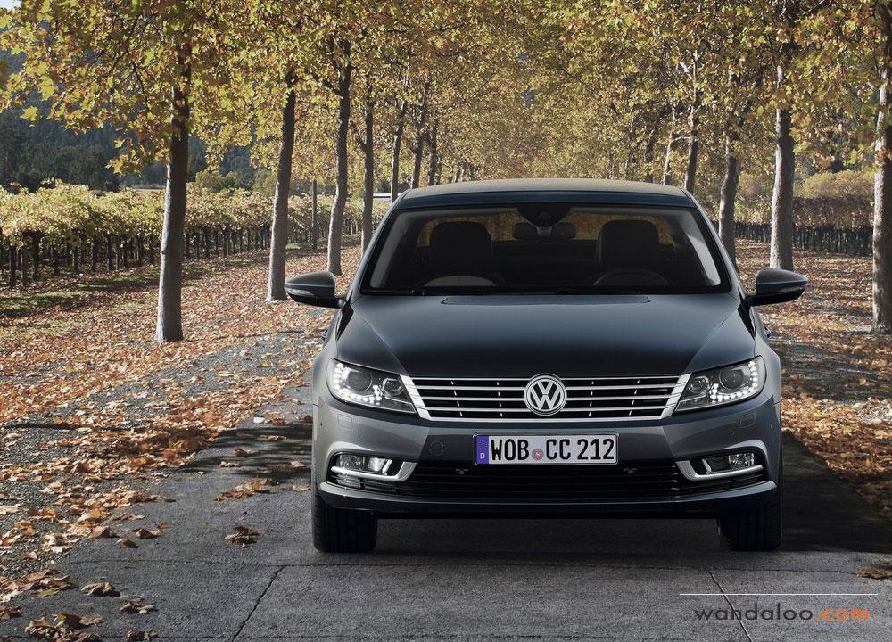 Volkswagen-Passat-CC-2012-03.jpg