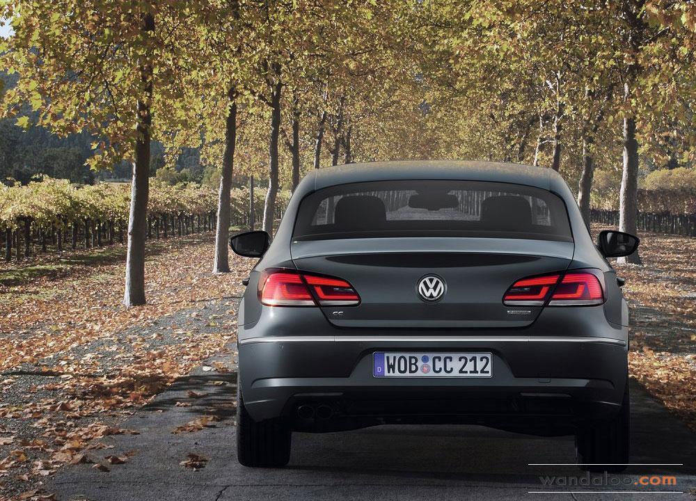 Volkswagen-Passat-CC-2012-04.jpg
