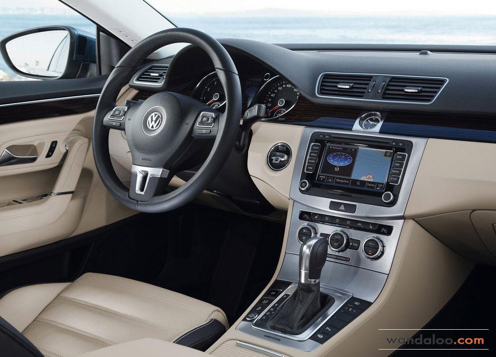Volkswagen-Passat-CC-2012-06.jpg