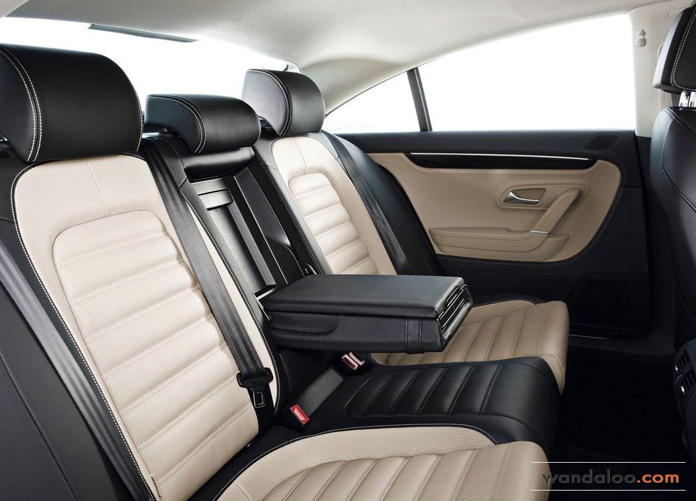 Volkswagen-Passat-CC-2012-08.jpg