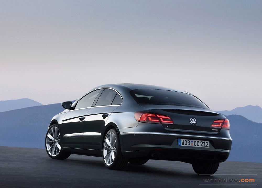 Volkswagen-Passat-CC-2012-10.jpg