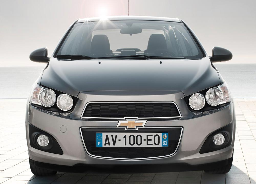 https://www.wandaloo.com/files/2011/05/Chevrolet-Aveo-berline-2011-02.jpg