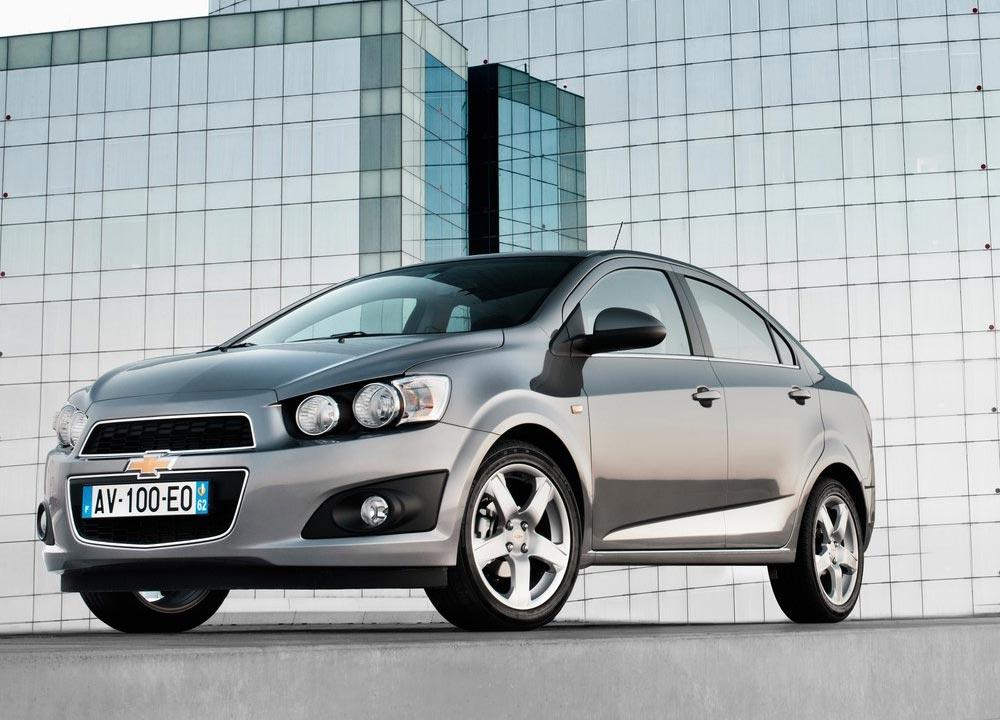 https://www.wandaloo.com/files/2011/05/Chevrolet-Aveo-berline-2011-03.jpg