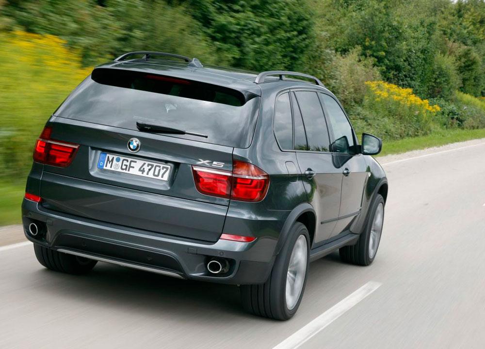 BMW-X5-X6-2012-02.jpg
