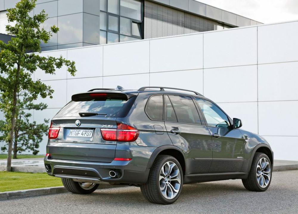 BMW-X5-X6-2012-03.jpg