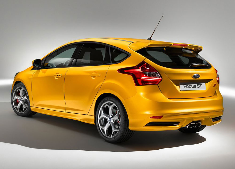 https://www.wandaloo.com/files/2011/09/Ford-Focus-ST-2013-02.jpg