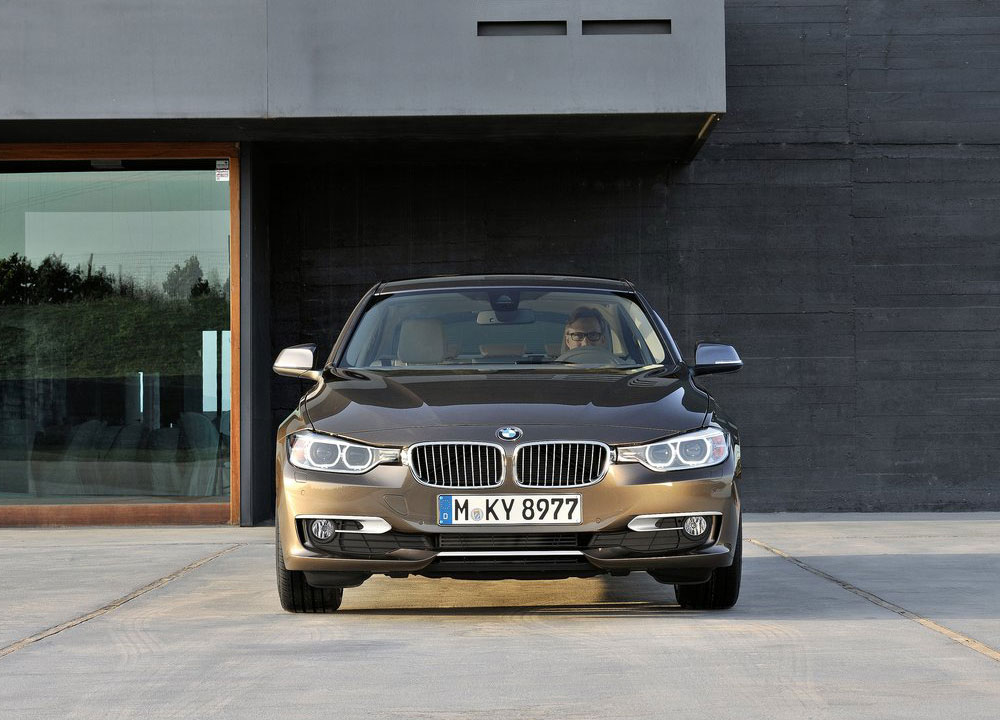 BMW-Serie-3-2012-04.jpg