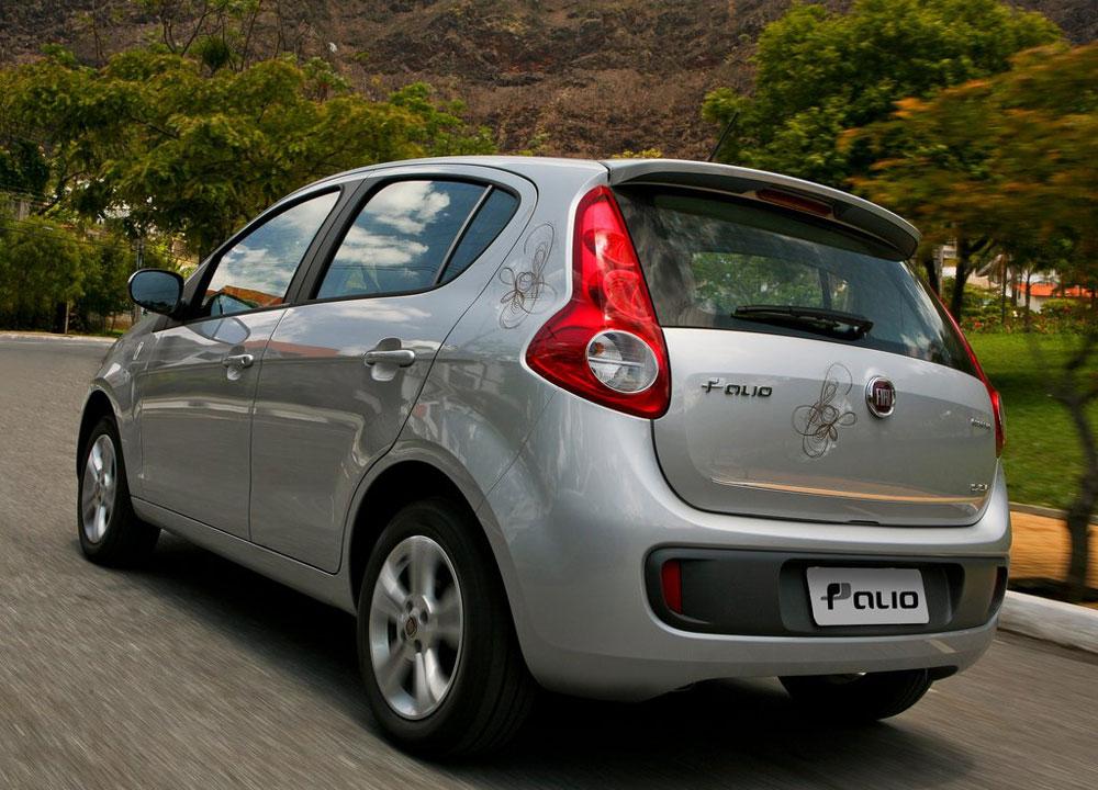 https://www.wandaloo.com/files/2011/11/Fiat-Palio-2012-02.jpg
