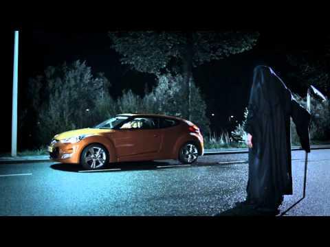 Hyundai-Veloster-Vampire-Publicite.jpg