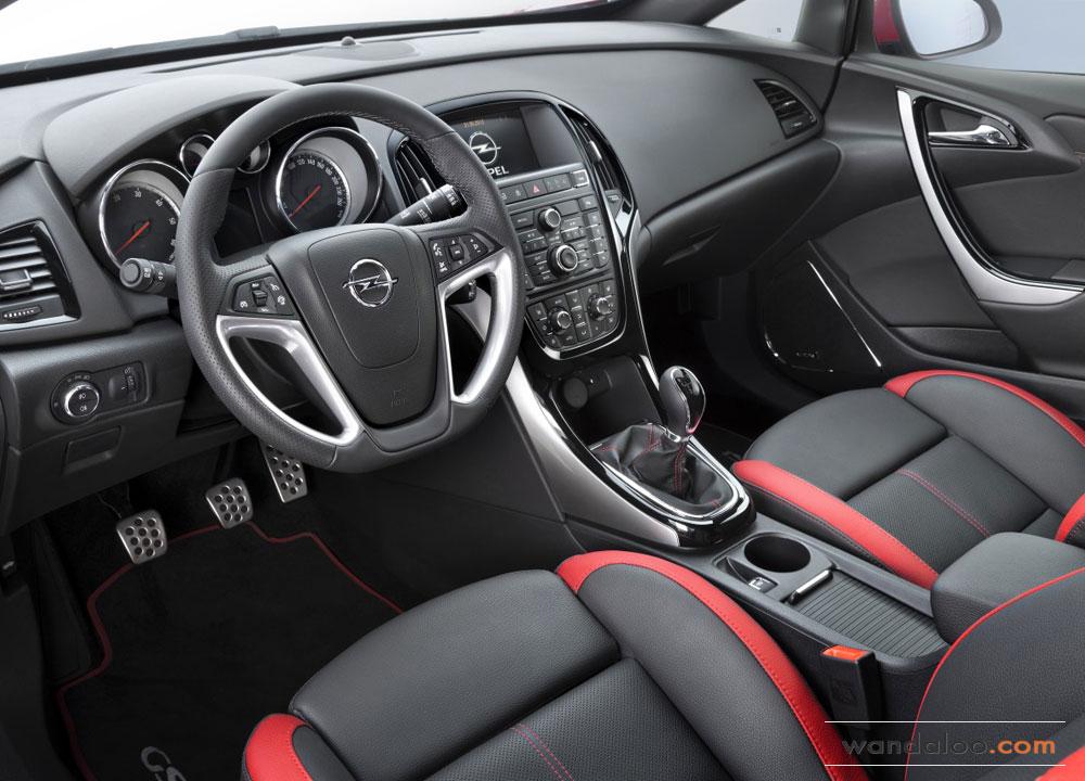 https://www.wandaloo.com/files/2012/06/Opel-Astra-facelift-2013-09.jpg