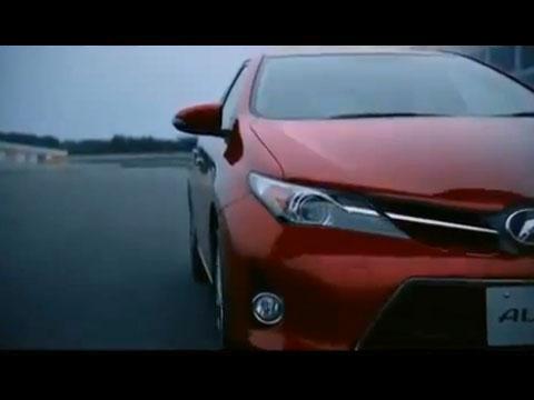 Toyota-Auris-2013.jpg