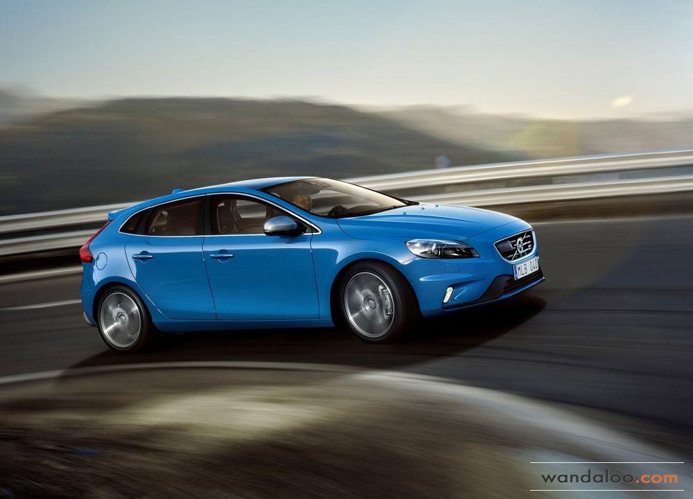 https://www.wandaloo.com/files/2012/09/Volvo-V40-R-Design-2013-02.jpg