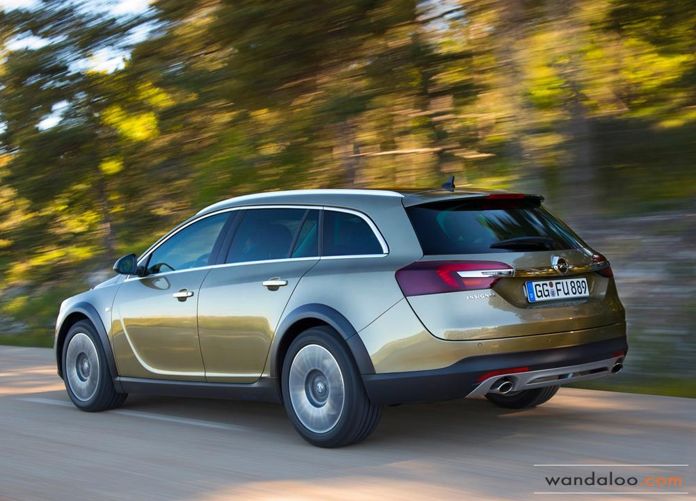 https://www.wandaloo.com/files/2013/07/Opel-Insignia-Sport-Tourer-03.jpg