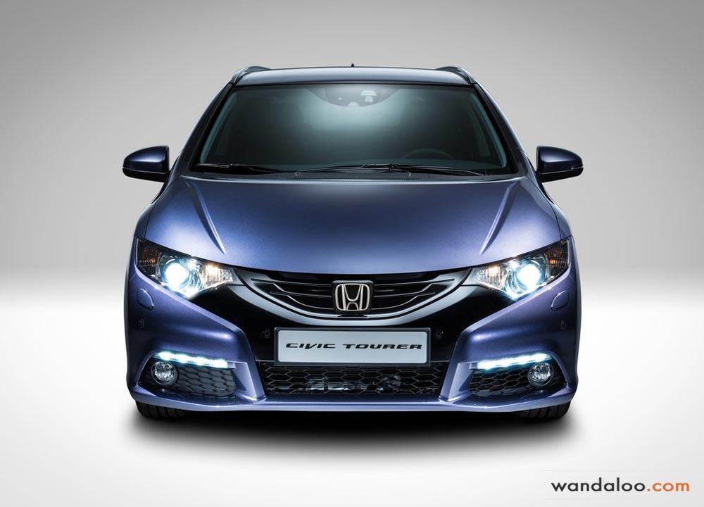 https://www.wandaloo.com/files/2013/08/Honda-Civic-Tourer-2014-Maroc-05.jpg