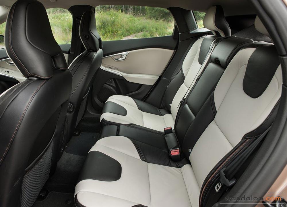 https://www.wandaloo.com/files/2013/08/Volvo-V40-Cross-Country-2014-Neuve-Maroc-08.jpg