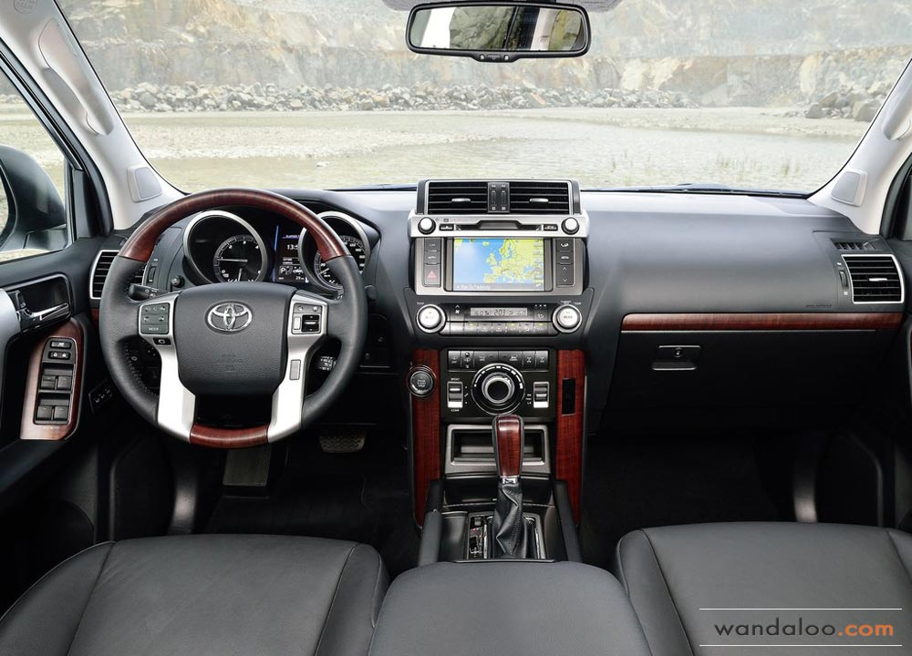 https://www.wandaloo.com/files/2013/09/Toyota-Land-Cruiser-2014-Maroc-08.jpg