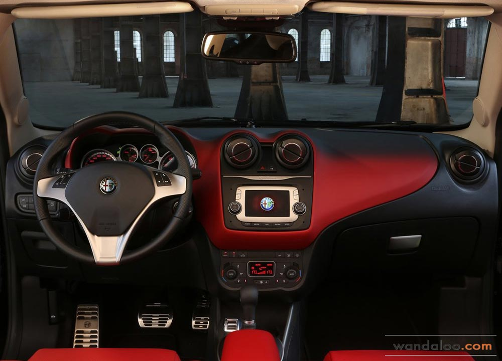 https://www.wandaloo.com/files/2013/10/Alfa-Romeo-MiTo-2014-10.jpg