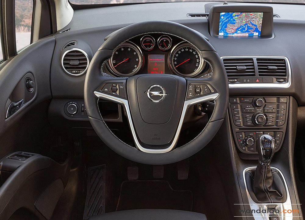 https://www.wandaloo.com/files/2013/10/Opel-Meriva-Maroc-2014-06.jpg