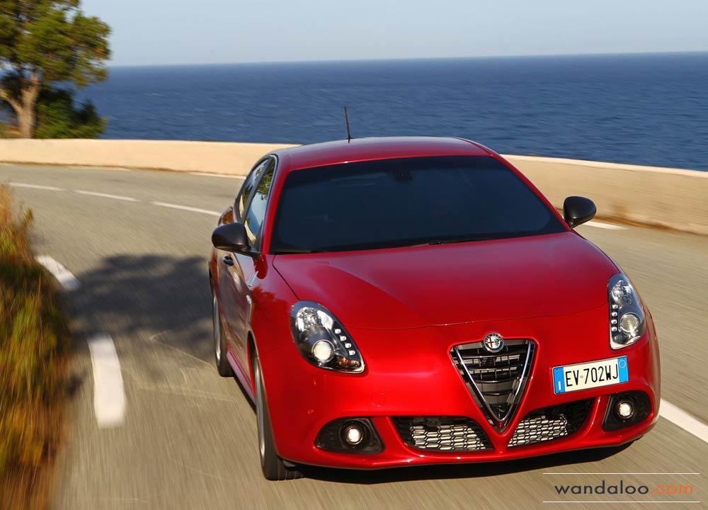 https://www.wandaloo.com/files/2014/06/Alfa-Romeo-Giulietta-Quadrifoglio-Verde-2014-Neuve-Maroc-10.jpg